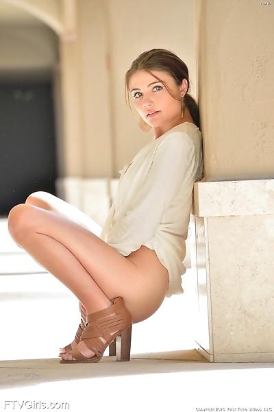 Erotic young Adria fingers..