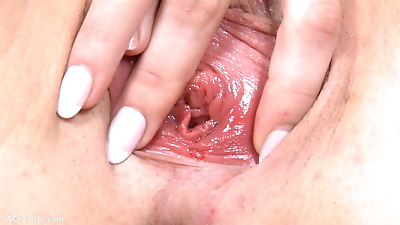 Amazing lola shows an inside..
