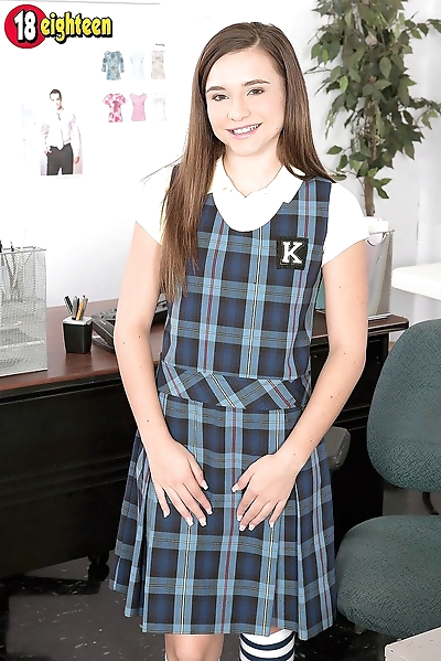 Shy schoolgirl dicked by new..